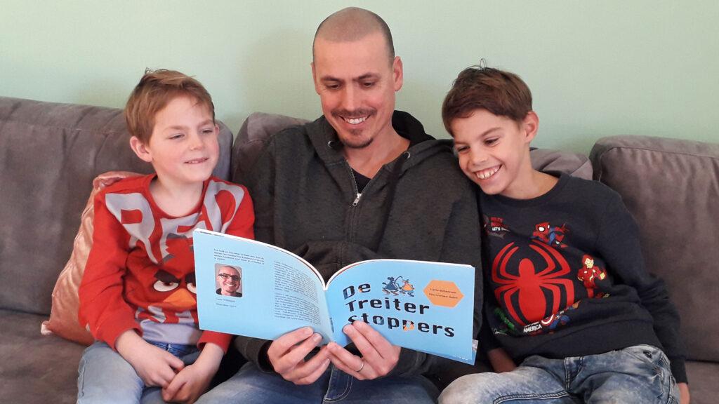 Carlo Willemsen leest voor uit De Treiter Stoppers